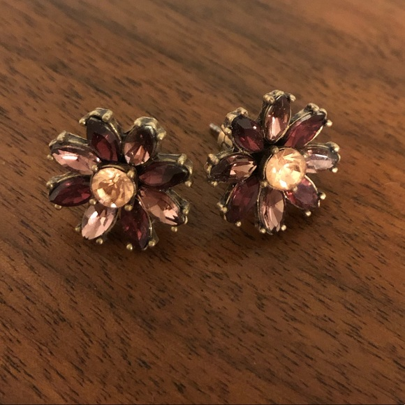 Chloe + Isabel Jewelry - Chloe + Isabel crystal studs